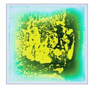 Baldosa sensorial transparente con líquido